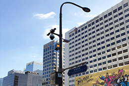Seoul Installs 26 S-Poles Equipped with Street Lights, Traffic Lights, Wi-Fi and CCTV